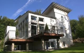 Einfamilienwohnhaus mit Garage