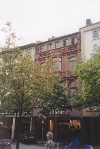 Sanierung eines Wohn- und Geschäftshauses in Wiesbaden